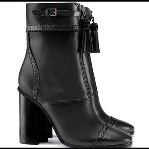 Tory Burch black leather ankle boots 10.5 new